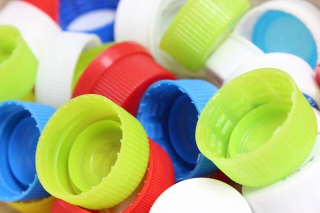 ペットボトルが作られている量とリサイクル量