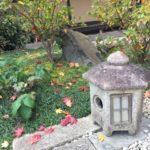 庭石を処分したい!庭石を処分する方法と費用相場を知っておこう!