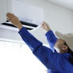 業務用エアコンはセルフクリーニングできる?掃除の方法と注意点