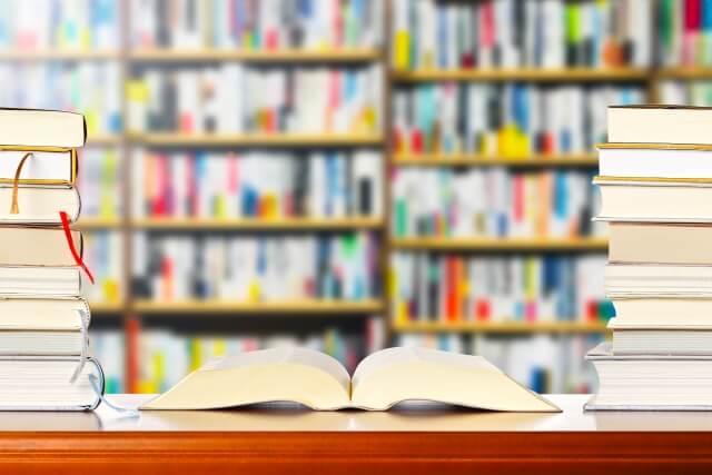 処分したい本は古本屋さんに販売可能?ISBNコードと本のジャンルを確認してみましょう