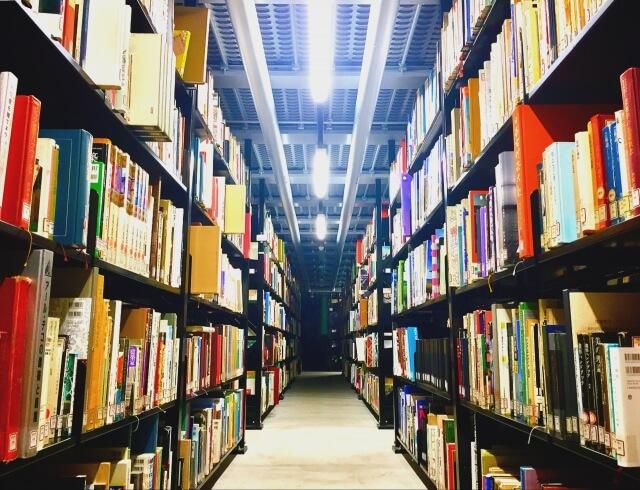 図書館や児童館への寄贈