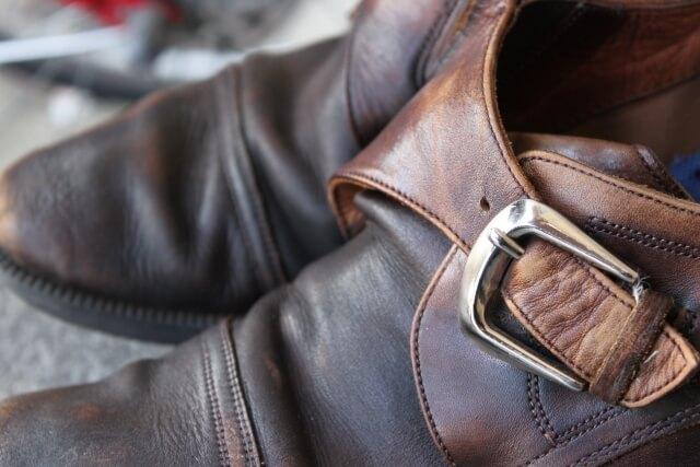 靴の寿命、いつが捨て時?